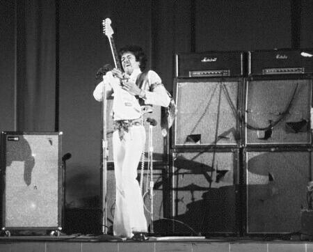 James Marshall Hendrix (1942 – 1970)